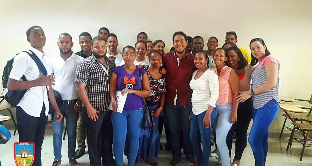 UCATEBA imparte charla a estudiantes de la Escuela de Negocios